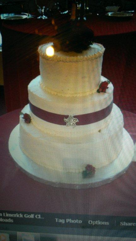 WINTER WEDDING CAKE-